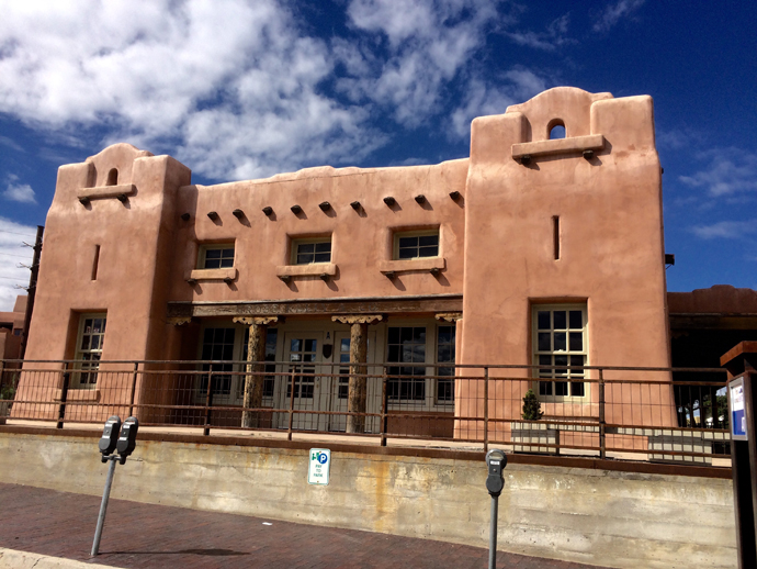 Santa Fe is strict about the preservation of its heritage. Buildings have integrated into the landscape, and have to be in the neutral tones of clay. The organic material used for building is called Adobe, and it is one of the earliest materials used for building in the world.