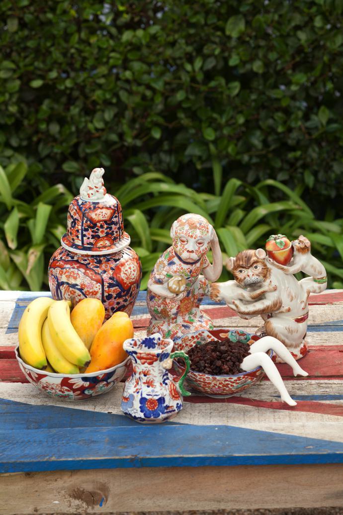 A few exquisite pieces from Wim's Imari porcelain collection, signalling that this is the Year of the Monkey on the Chinese calendar.