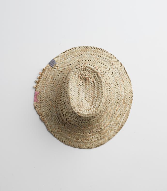 Straw Hat R750