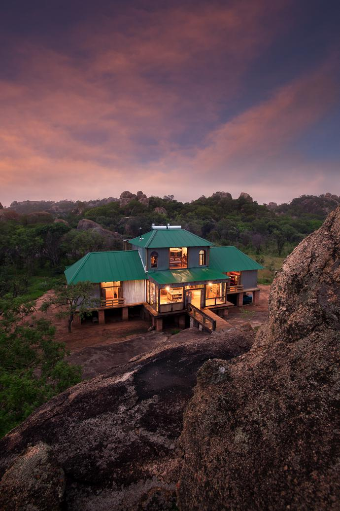 The green Chromadek roof allows the structure to blend in with the landscape. Most of the timber used in the home's construction came from BunduPale in Nelspruit.
