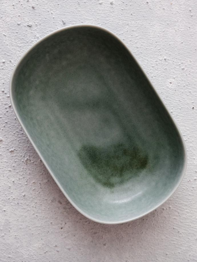 ReiRABO Oval Plate (M - spring mint green) by yumiko iihoshi porcelain, R500. Hand-glazed oval-shaped porcelain plate with high edges. yumiko iihoshi porcelain specialises in simple, understated, everyday ceramics for home or restaurant use. Items can be mixed and matched individually.