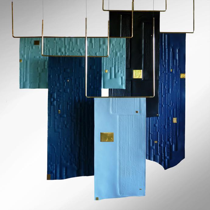 Xavier Clarisse – Trapeze Blue Installation.