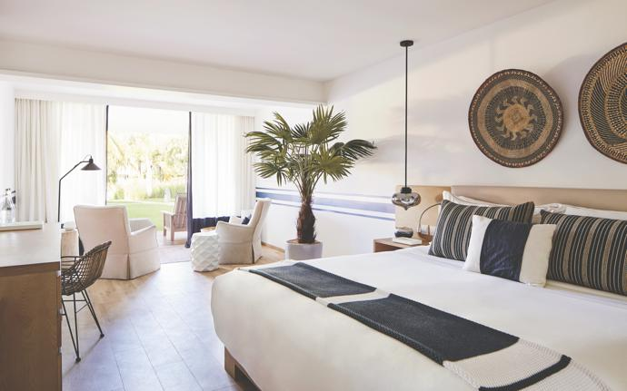 All the suites, which open on views of a private cove, have been decorated with barefoot luxury in mind.