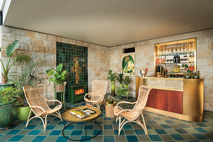 Through the glass door of the pool area is a small conservatory refreshment station. Even a gentle signal by hand will summon staff for drinks… or slip inside for a light snack.