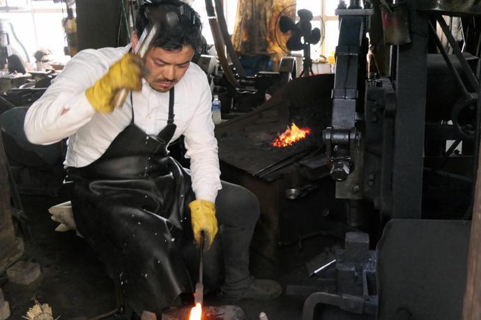 5th Generation blacksmith Shunsuke Manaka, Saitama Prefecture
