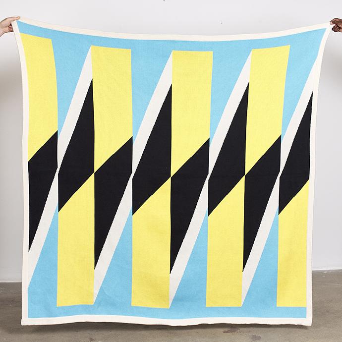 Samson Kambalu – HAND WRITTEN, 2019. 100% cotton blanket, made in South Africa. 160 x 160 cm. Edition of 50. Producer: Something Good Studio.