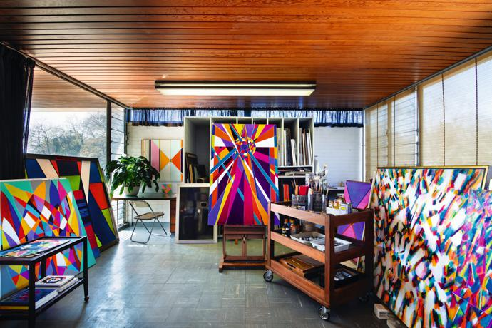 A riot of colour enlivens Hannatjie's studio, which is bathed in natural light all year round.