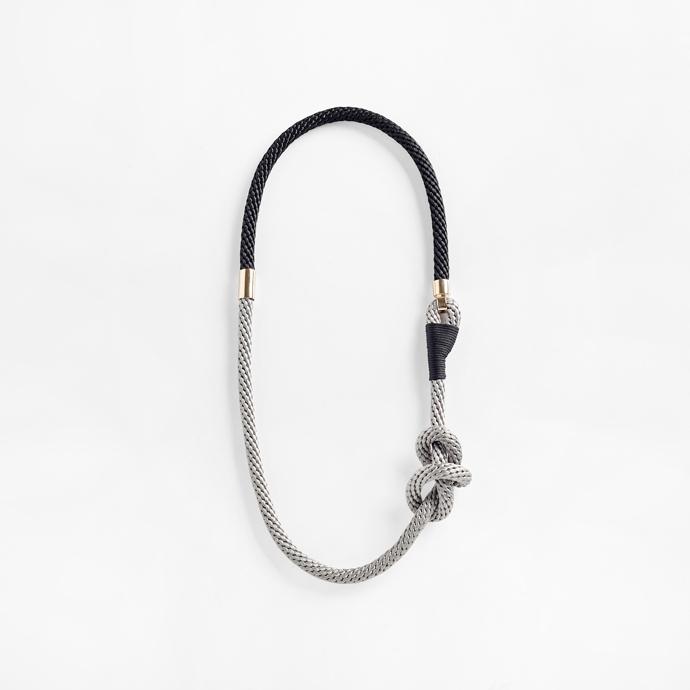 Tyet necklace