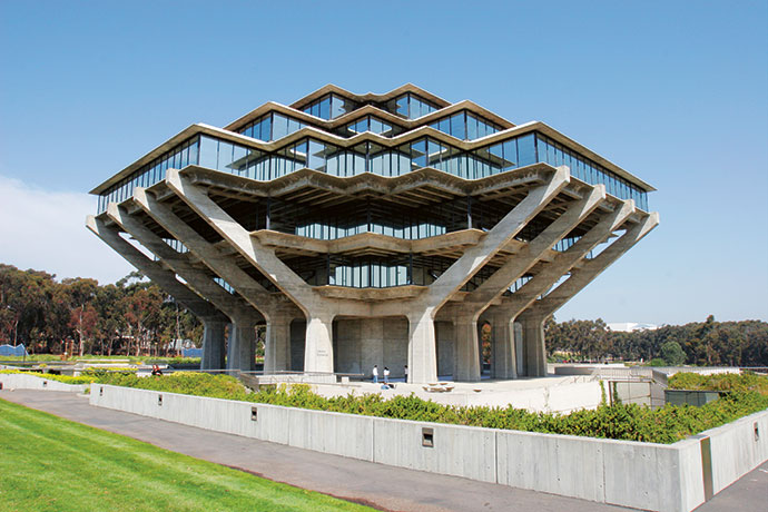 Geisel Library at the University of California San Diego, designed by William Pereira.