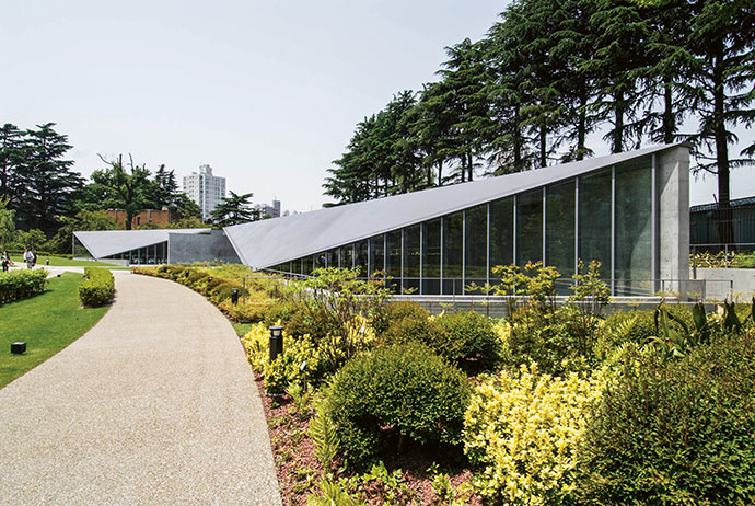 The 21 21 Design Sight art gallery in Tokyo by Tadao Ando.