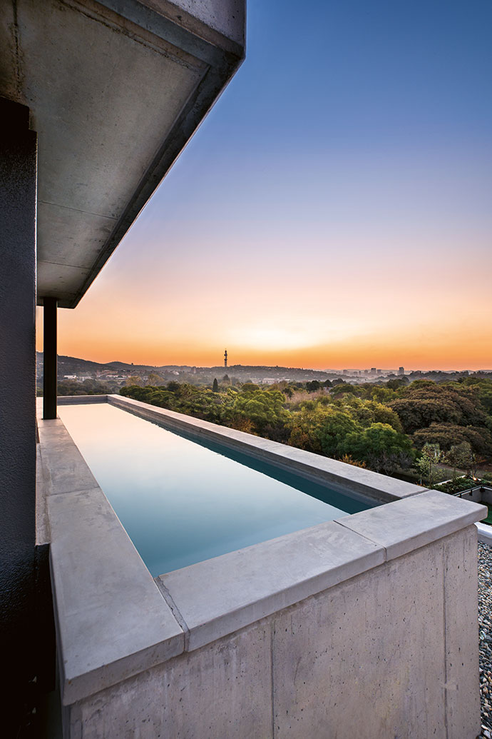 Stunning views from the swimming pool above the fifth floor of the penthouse conceal Pretoria's suburbs beneath a canopy of dense foliage, which stretches out toward the CBD.