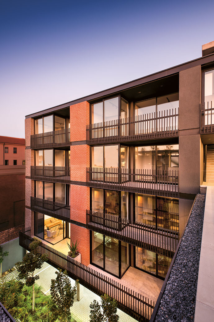 CG Construction, who were the main contractors, were responsible for the outstanding brickwork using Corobrik onyx satin and terracotta travertine bricks.