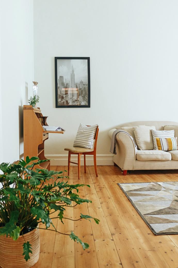 Lizmi Cottage - Livingroom 01