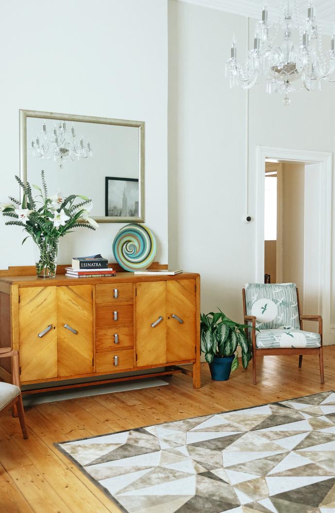 Lizmi Cottage - Livingroom 02