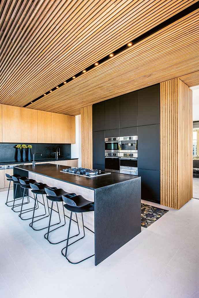 Considered design and an eye for detail have resulted in a sophisticated kitchen that's laid-back enough to entertain guests.