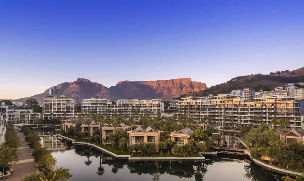 One&Only Cape Town is an oasis of elegance amidst the vibrant playground of one of the world's most fascinating cities.