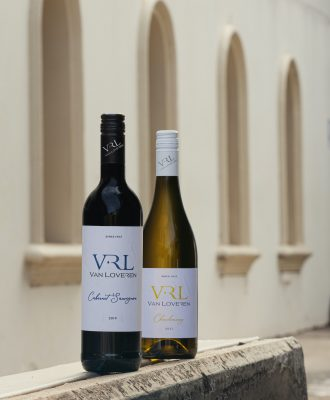 designing a wine label – Van Loveren