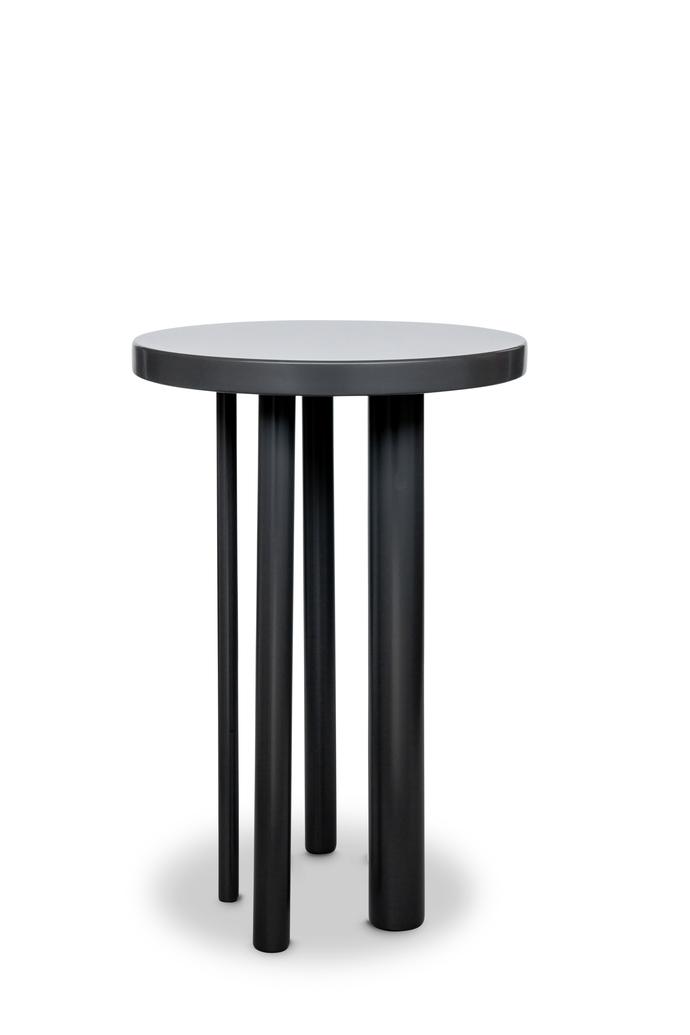 LEGGS SIDE TABLE 001
