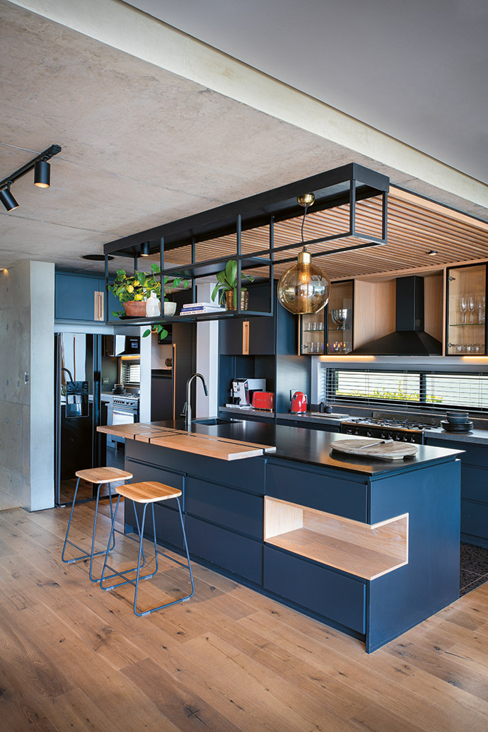 The kitchen design was a collaboration between Abon Studio and Meghan Paxton of Design by Line, and was installed by Proline Kitchens.