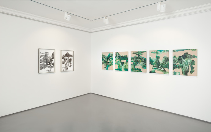 Steep-bend-light-step-installation-view_99-loop-gallery-cape-town-02