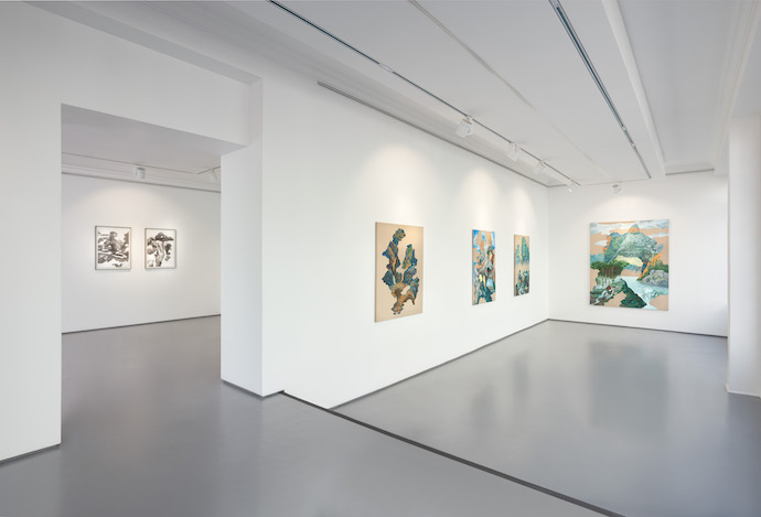 Steep-bend-light-step-installation-view_99-loop-gallery-cape-town