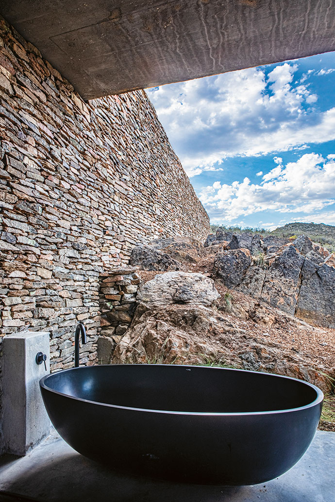 Luxury tubs by Bella Bathrooms allow for an outdoor soak.