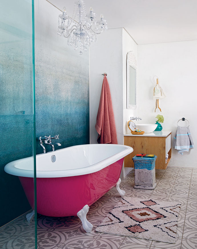 In 11-year old Dillyn's bathroom, a pink bath from Victorian Bathrooms takes pride of place.